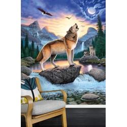 Les loups à la pleine lune sur la chute d'eau dans la montagne