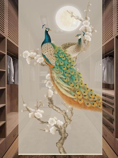 décoration dressing par cloison japonaise amovible toile suspendue enrouleur translucide motif imprimé style asiatique couple de paon vert sur l'arbre d'abricotier du japon en pleine lune fond beige