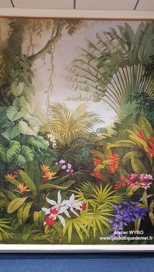 tapisserie murale tropicale,tapisserie soie atelier wybo,papier peint soie atelier wybo,papier peint,papier peint textile,papier peint panoramique,papier peint lé unique,papier peint jungle,tapisserie jungle,tapisserie fleur tropicale,papier peint plante tropicale,poster géant tropical,sticker mural tropical,papier peint salle de bain,tête de lit jungle