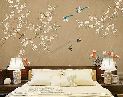 décoration murale zen chambre d'hôtel,papier peint intissé chinoiserie fleurs et oiseaux sous la pluis,tapisserie vintage ton marron oiseau bleu jardin floral,panneau japonais pivoine hirondelle fleur abricotier,poster géant séjour jardin pluie fleur oiseau