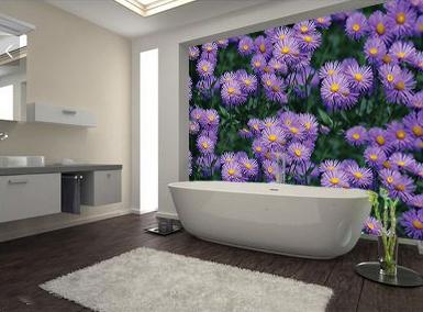 panneau d'habillage rénovation salle de bain vinyle imprimé fleur violette,dalle pvc salle de bain photo imprimée marguerite mauve,panneau étanche décoratif mur baignoire camomille,revêtement étanche imprimé fleur herbe prois de douche