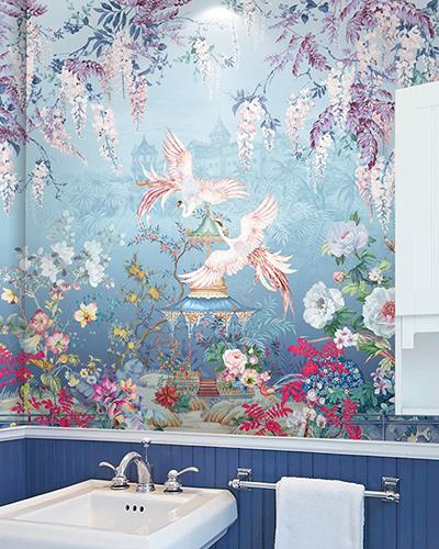 panneau pvc paysage panoramique salle de bain motif imprimé HD jardin exotique glycine phénix sur fond bleu,plaque pvc étanche couche d'usure transparente impression fleurs et oiseaux mur de baignoire artistique,habillage étanche photo imprimée personnalisé paroi de douche floral orchidée pivoine grue palais royal