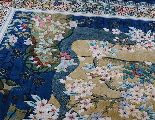 tapis de luxe vintage pure soie naturelle noué à la main velours en relief design japonais traditionnel branches de cerisier avec fleurs de printemps sur fond bleu foncé,tapis bleu floral séjour salon chambre bureau format et couleur sur mesure