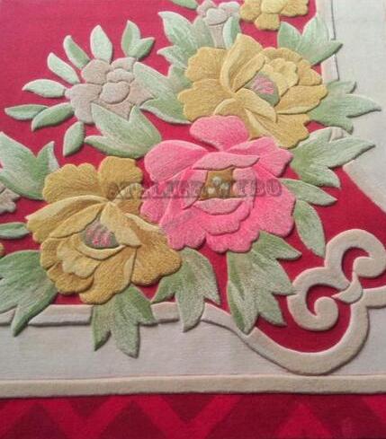 tapis chinois fleur multicolore sur fond rouge velours sculpté effet 3D,vente tapis luxe artisanal fait main motif chinois fleur traditionnel fond beige rouge,tapis rouge floral pur laine vierge tufté à la main personnalisé décoration haut de gamme chambre d'hôtel restaurant bureau séjour salle d'attente